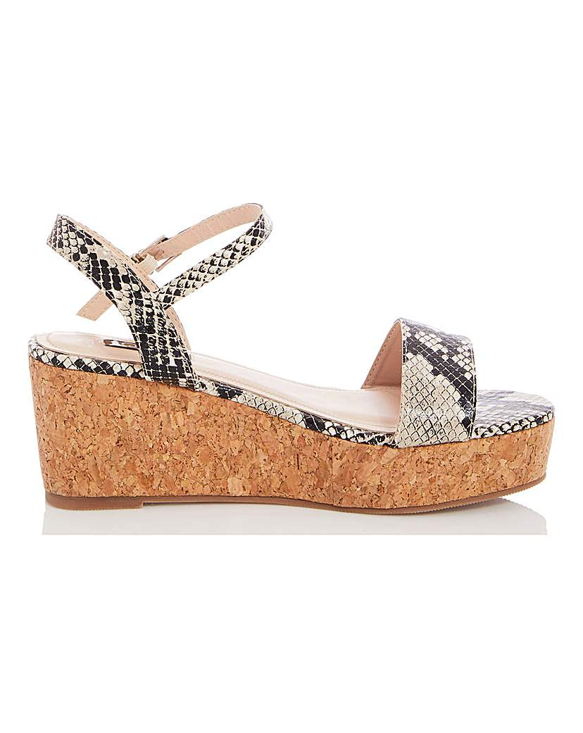 Quiz Quiz Wedge Flatform Sandals