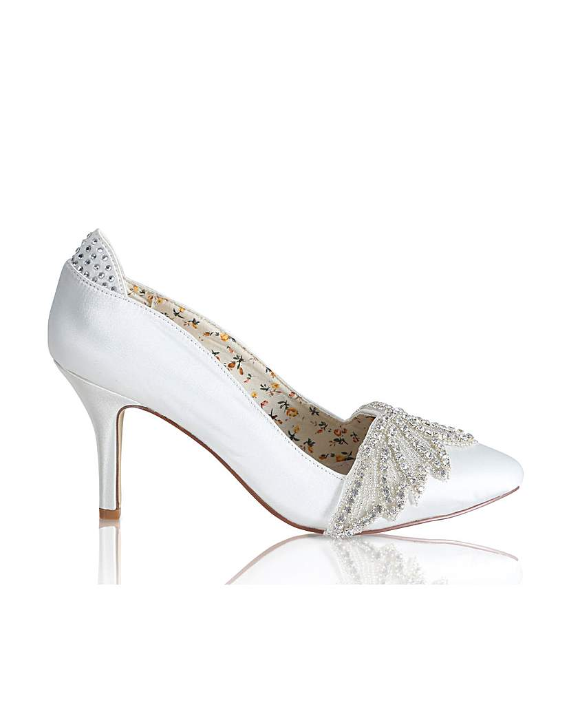 Vintage Style Wedding Shoes, Boots, Flats, Heels Perfect Angelica Court Art Deco Trim £95.00 AT vintagedancer.com