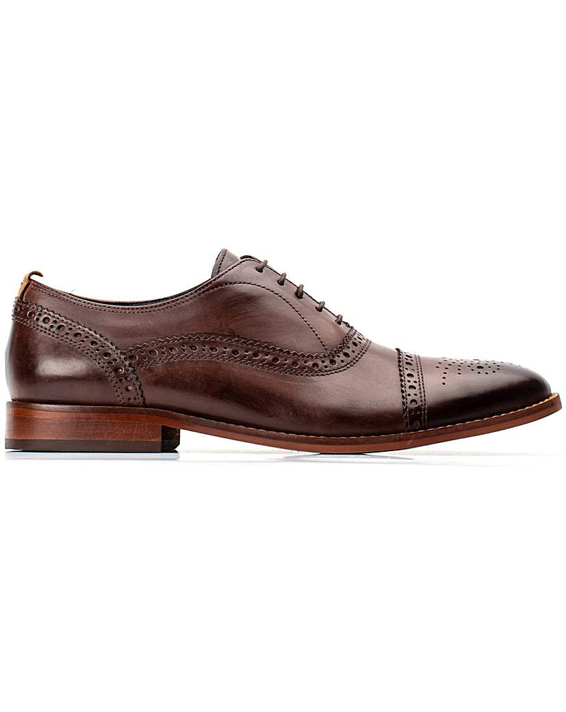 Base London Base London Cast Washed Brogue Shoe