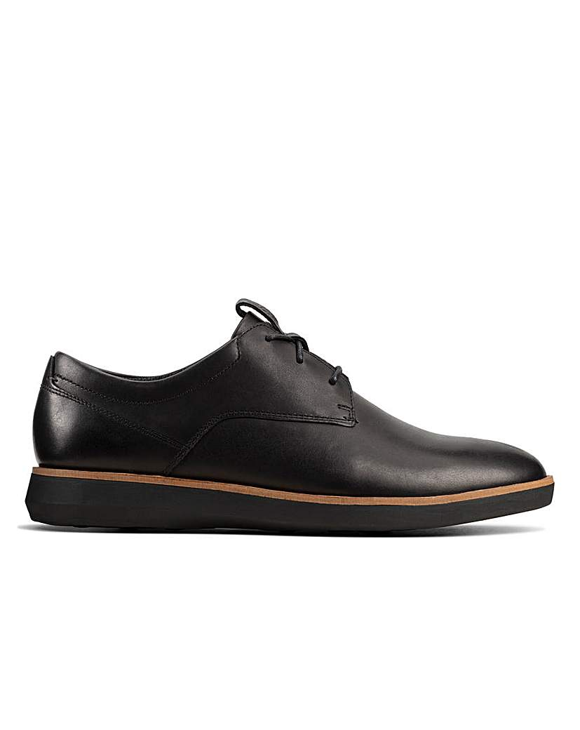Clarks Clarks Banwell Lace Standard Fitting