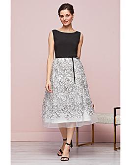 Gina Bacconi Maia Embroidered Dress