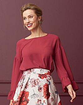 Berry Bell Sleeve Shell Top