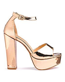 Glamorous Standard Fit Platform Sandals