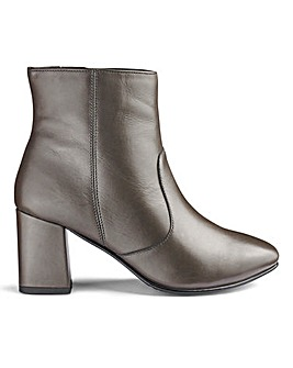 Heavenly Soles Leather Ankle Boots D Fit