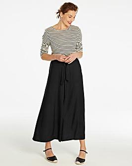 Centre Front Pleat Maxi Skirt