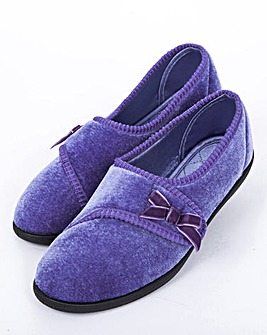 Touch and Close Slipper EEE Fit