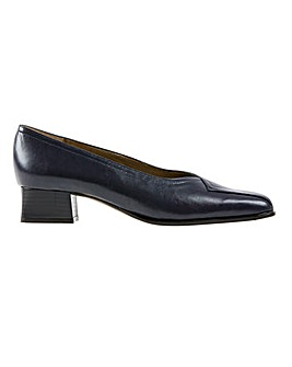 Van Dal Falkirk III Court Shoes D Fit