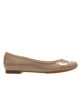 Clarks Couture Bloom E Fitting