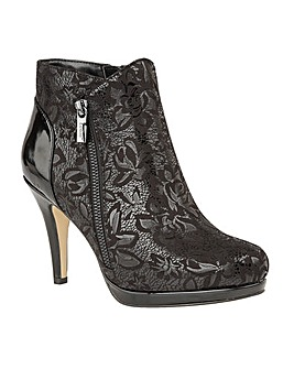LOTUS KOSMO ANKLE BOOTS