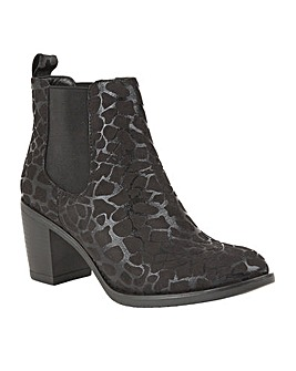LOTUS ENNIS ANKLE BOOTS