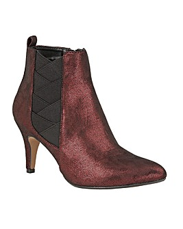 LOTUS BOONEY ANKLE BOOTS