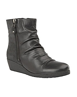 LOTUS SONORA ANKLE BOOTS