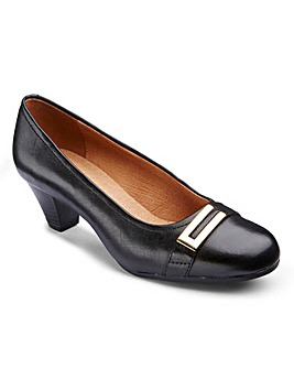 Clarks Fearne Shine Court Shoes EE Fit