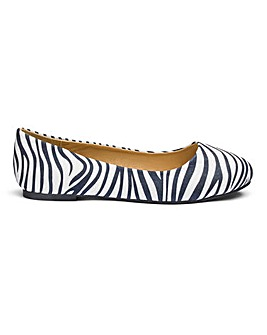 Heavenly Soles Ballerina Shoes E Fit