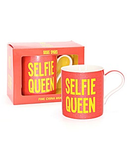 Selfie Queen Gift Boxed Mug
