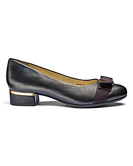Leather Court Shoes E Fit