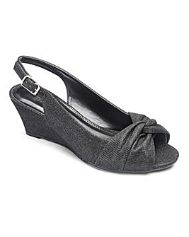 Heavenly Soles Knot Wedge E Fit