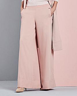 Concept Wide Leg Trouser