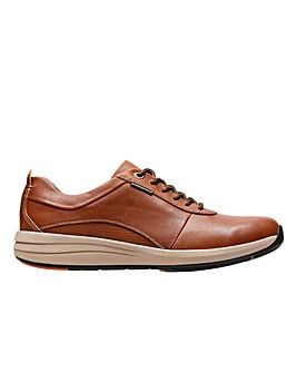 Clarks Un Coast Plain  Shoes