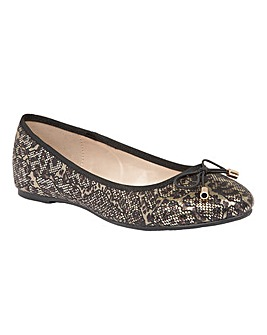 LOTUS BUTTERA CASUAL SHOES