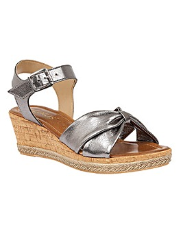 LOTUS ELIMENA WEDGE SANDALS