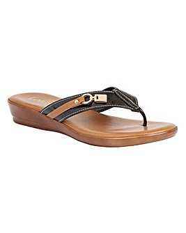 LOTUS ZORZI CASUAL SANDALS
