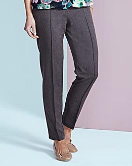Herringbone Pull-On Trouser Short