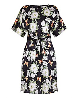 Yumi Curves Flower and Butterfly Tunic D