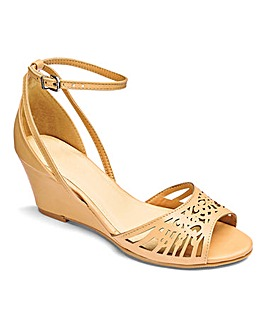 Heavenly Soles Laser Cut Wedge EEE Fit