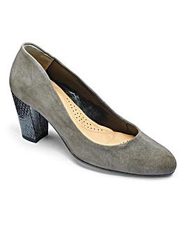 Van Dal Court Shoes D Fit