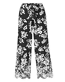 Petite Floral Print Lace Hem Culottes