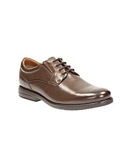 Clarks Hopton Walk Shoes