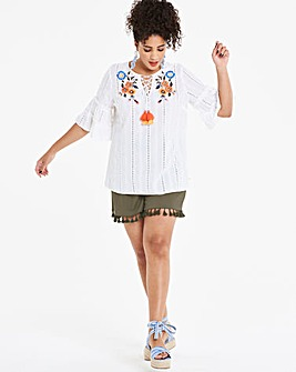 Tassel Trim Linen Rich Shorts