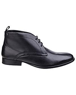 Base London Deacon Waxy Chukka Boot