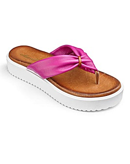 Sole Diva Toe Post Sandals D Fit