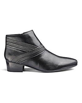 Leather Cuban Heel Shoes Wide Fit