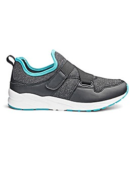 Capsule Active Cross Strap Trainers EEE