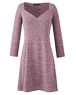 Grace swing dress with sweetheart neck