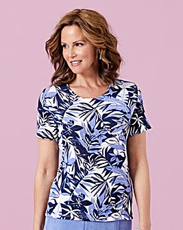 Print Slinky Top with Round Neck
