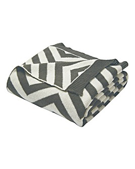 Knitted Chevron Throw - Grey