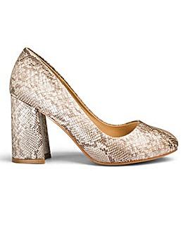 Sole Diva Slanted Heel Court Shoes E Fit