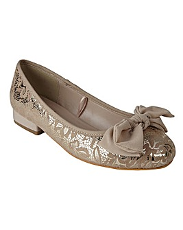 LOTUS ELMS FLAT SHOES