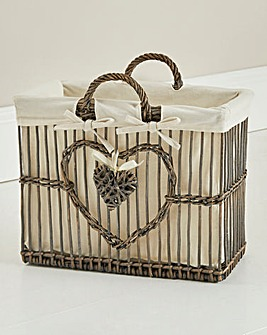 Willow Heart Magazine Rack