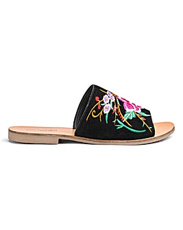 Fifi Embroidered Mule E Fit