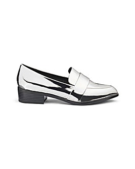 Olivia Pointed Loafer E Fit