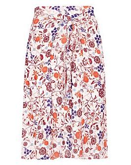 Yumi Curves Swirl Floral Print Skirt