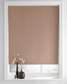 Straight Edge Blackout Roller Blind