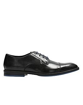 Clarks Prangley Cap Shoes