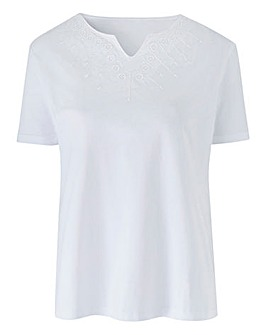 Embroidered Neck T Shirt