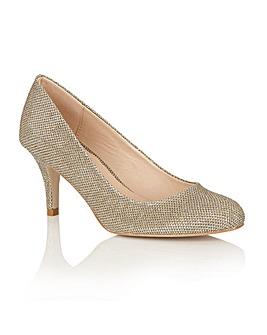 Dolcis Korina court shoes